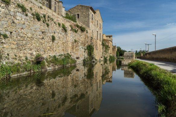 Castello dempuries medieval moat