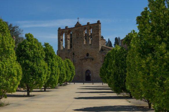 peratallada cathedral
