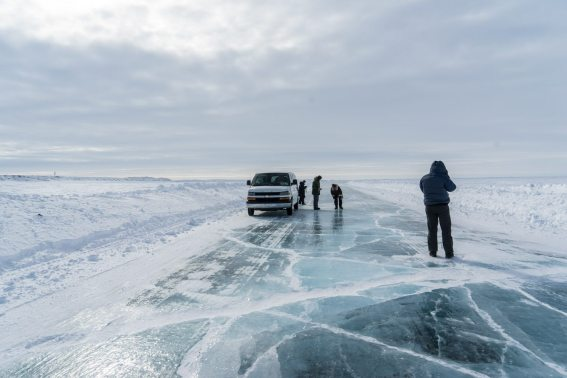 ice road canadaian arctic