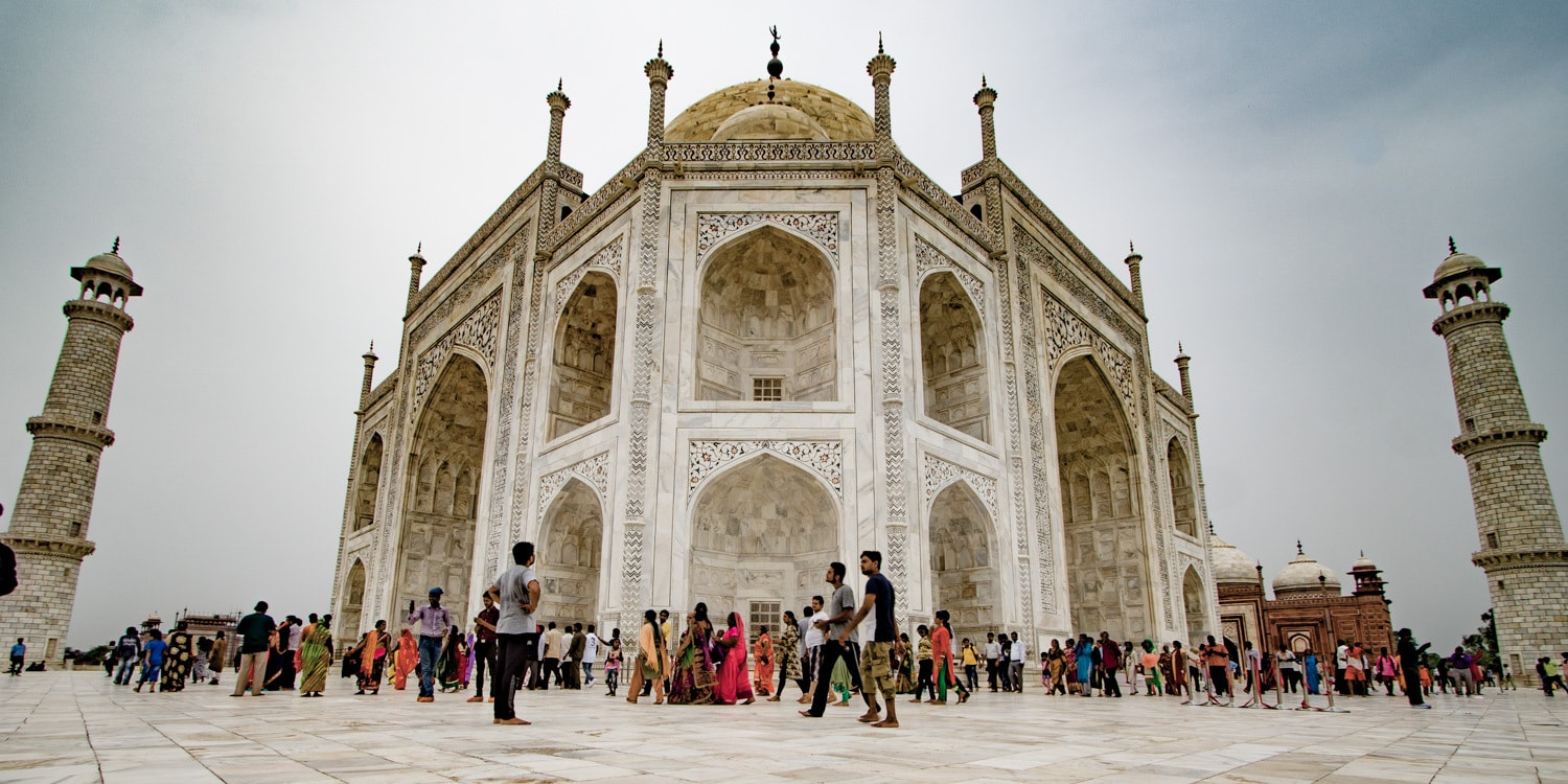 Taj mahal photography wide angle