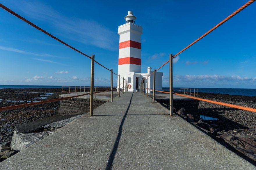 iceland stopover rekyjanes lighthouse