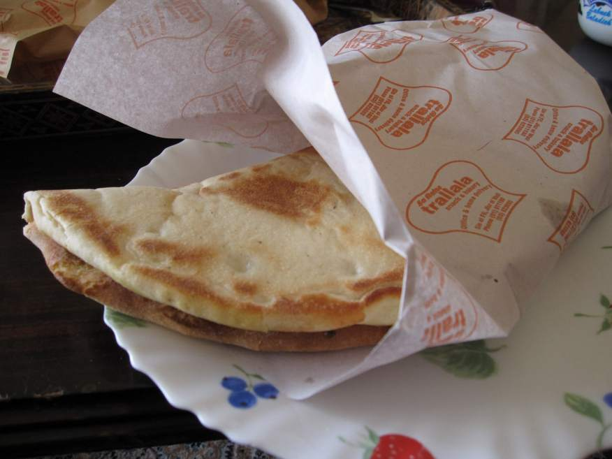 manoushe for breakfast in lebanon