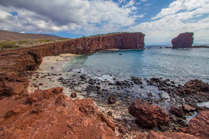 Sweetheart rock lanai hike