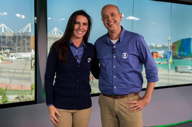 Glenda Kozlowski e Alex Escobar inaugurando o estúdio da Globo no Parque Olímpico (Foto: Globo/João Cotta)