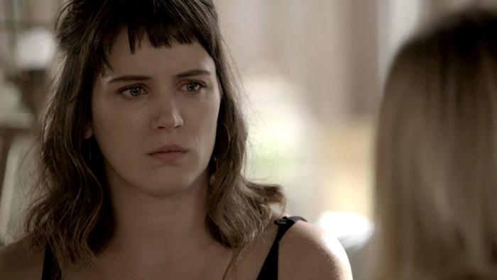 Clara (Bianca Bin) em cena de O Outro Lado do Paraíso (Foto: Divulgação/Globo)