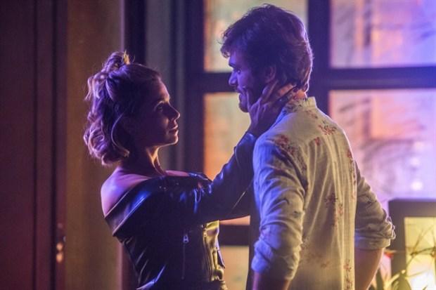 Luzia (Giovanna Antonelli) e Beto (Emilio Dantas) em cena de Segundo Sol (Foto: Globo/Raquel Cunha)
