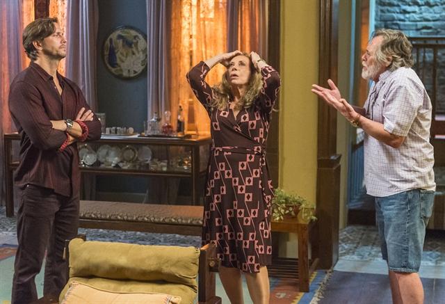 Remy (Vladimir Brichta), Dodô (José de Abreu) e Naná (Arlete Salles) em cena de Segundo Sol (Foto: Globo/Paulo Belote)