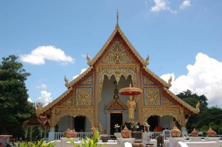 Un temple à Chiang Maï en Thaïlande
