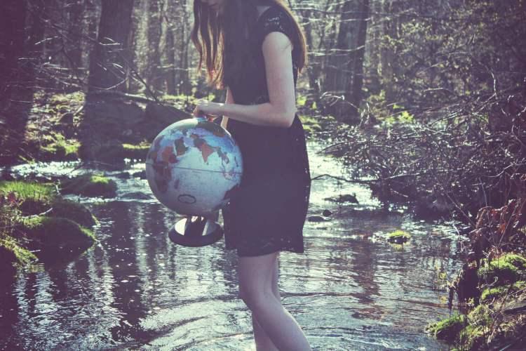 Où partir seul : vous avez la planète dans vos mains, ne la lâchez pas !