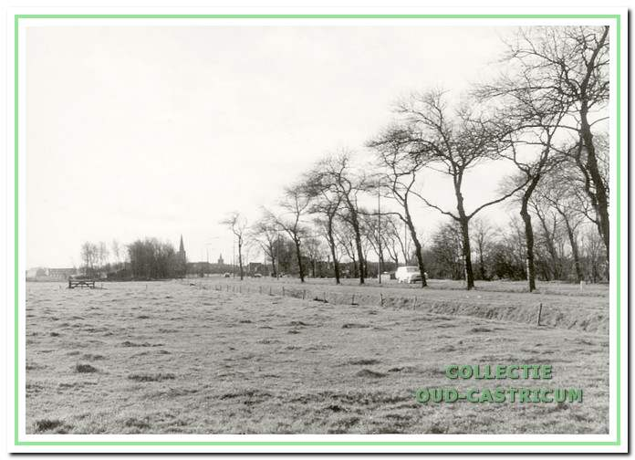 Deze foto uit 1960 toont een niet meer bestaand gedeelte van de Alkmaarderstraatweg.