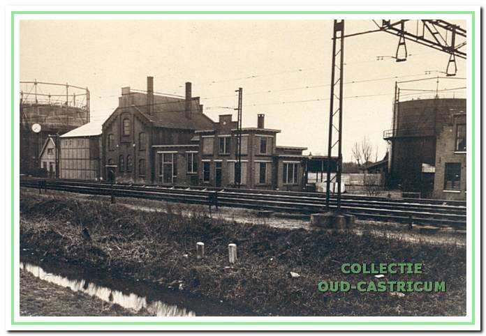 De gasfabriek op de hoek Gasstraat en Oude Haarlemmerweg.