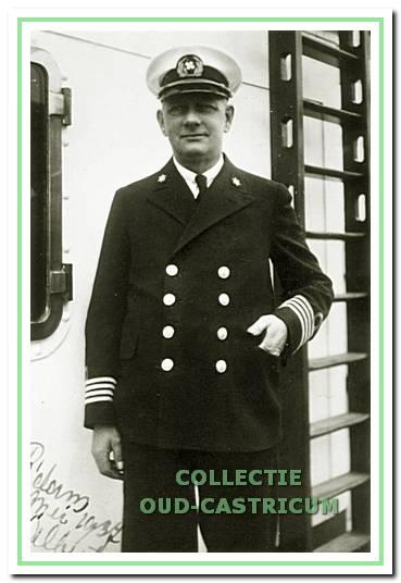 Rommel als kapitein op de Kota Sjandi, mei 1937.