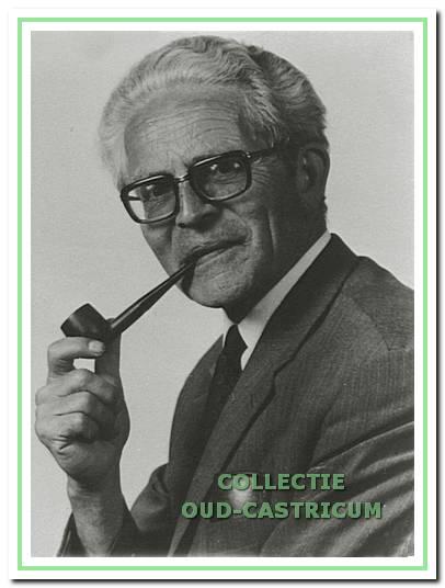 Meester Bodewes van de Cuneraschool.