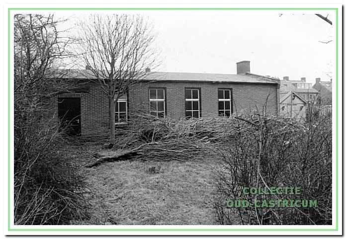 De Massuahut naast De Kern die tot 1995 door de Wilfriedwelpen werd gebruikt.