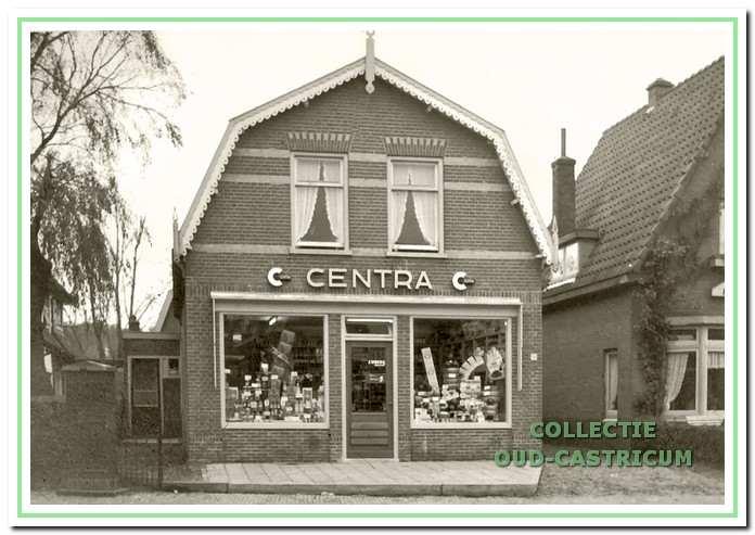 Kruidenier Wokke trad in 1954 toe tot de Centra-keten.