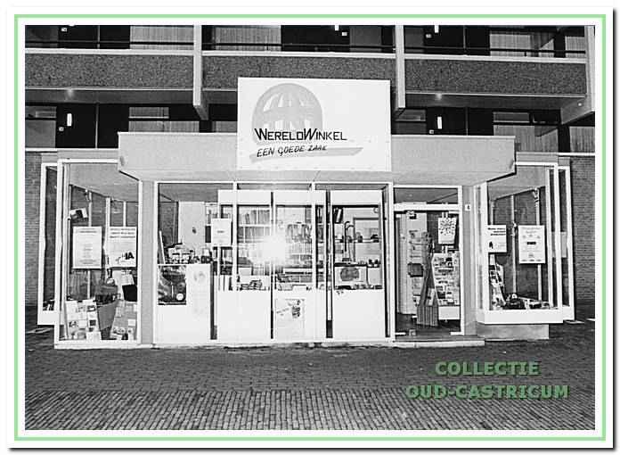 De Wereldwinkel aan de C.F. Smeetslaan in 1990.