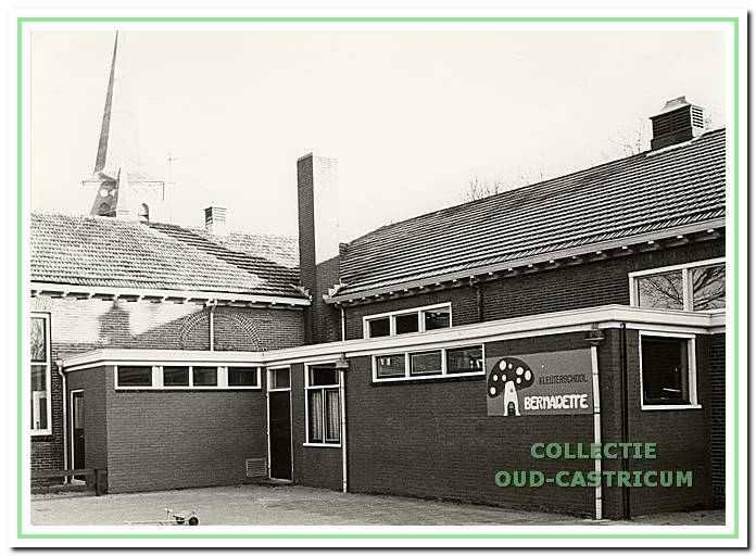 De Bernadette kleuterschool aan de Dorpsstraat in 1985.