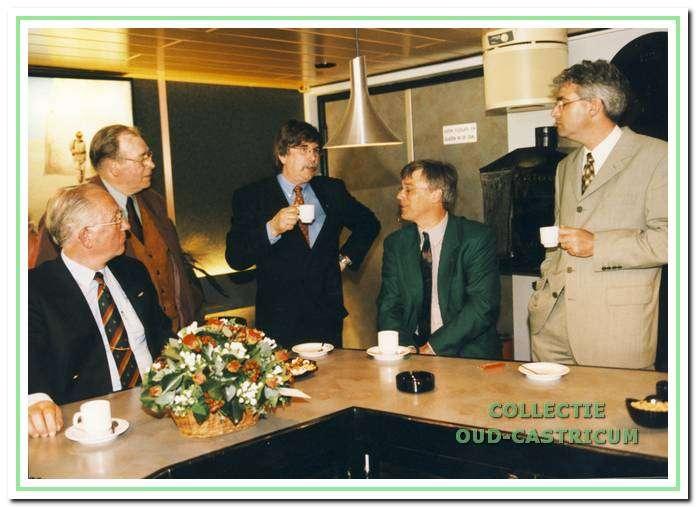 Receptie ter gelegenheid van de opening van Corso bioscoopzaal twee op 12 mei 1999