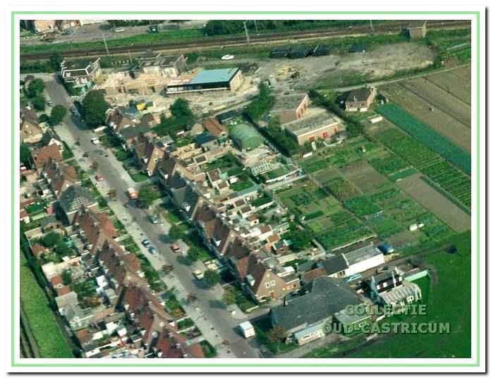 Luchtfoto van complex Oude Haarlemmerweg in de jaren 1970.