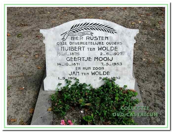 Het graf van Geertje, haar man en een zoon.