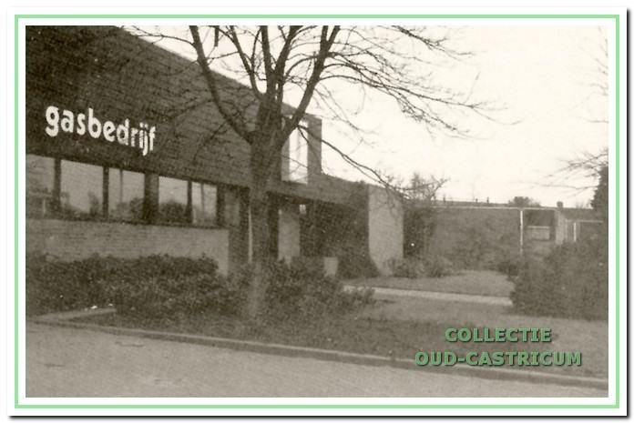Het bijkantoor van het Gasbedrijf Beverwijk met werkplaats, kantoor en dienstwoning op de plaats van de oude fabriek; in 1990 is dit bijkantoor opgeheven.