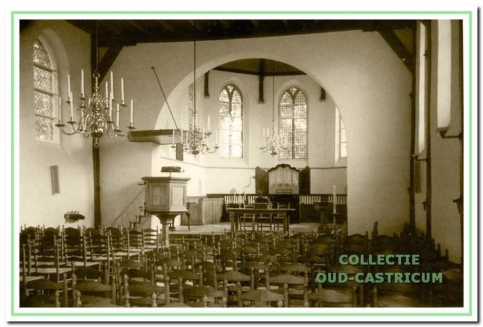 De verbouwing is gereed; een blik op kerkruimte en koor.
