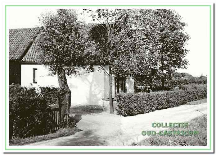 In dit huis aan de Eerste Groenelaan 21 woonde Sjirk Veenstra met zijn grote gezin.