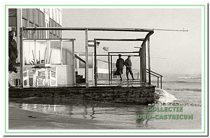 Grote schade na een zware westerstorm in 1965.