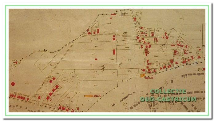 Een gedeelte van de zogenaamde 'verwoestingskaart', behorende bij het wederopbouwplan, waarop de vele afgebroken woningen aan de westkant van het dorp met een rode kleur zijn aangeduid.