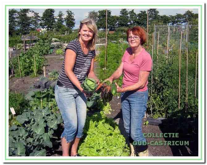 Miranda en Alie de Witte op De Bloemen.