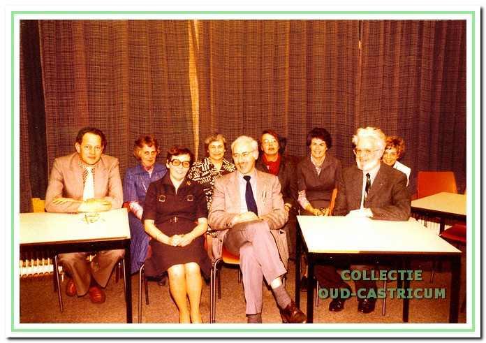 Het bestuur van de afdeling op 8 maart 1978.