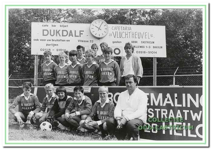 De Dukdalf sponsorde in 1982 het B2-team van Vitesse '22.