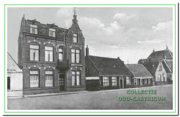In een voormalig pension aan het Pompplein in Egmond aan Zee was het eerste koloniehuis Sint-Antonius gevestigd.