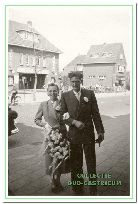 Bruidspaar Thijs en Alie Bakker.