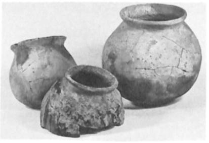 Middeleeuwse kogelpotresten na de restauratie.