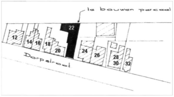 Gedeelte van een bouwtekening uit 1970 met een plattegrond van de nieuw te bouwen bowlingbar, Dorpsstraat 22. Ten opzichte van de situatie vóór de brand is het oppervlak aanzienlijk groter, met een zwaartepunt aan de achterzijde. Achter nummer 26 zien we het kaaspakhuis. De garage van Lute was inmiddels gesloopt.