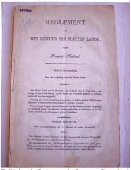 Titelblad van het Reglement op het Bestuur ten Platten lande van 1825.