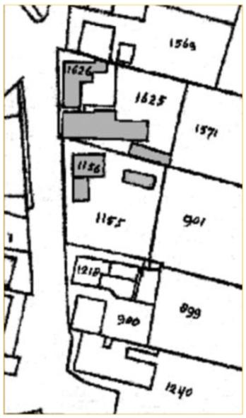 Een kadasterkaart uit 1882 toont de bebouwing in dat jaar van het gedeelte van de Dorpsstraat (toen Rijksstraatweg) dat onderwerp is van bespreking. Kadasternummer 1626 betreft een pand gelegen op de plaats van de latere Dorpsstraat 44/46, 1625 van de latere Dorpsstraat 48 en 1156 van de latere Dorpsstraat 50/52.