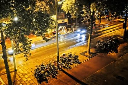 25 september midden in de nacht werden bewoners wakker gehouden door graafwerkzaamheden