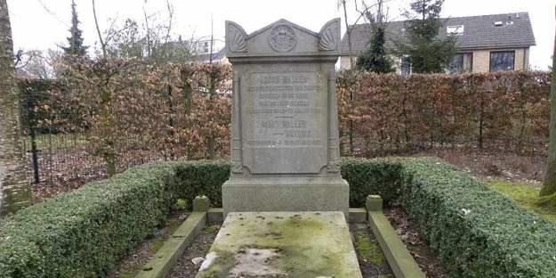 Graf van Burgemeester Waller en zijn vrouw op de begraafplaats Ireneweg