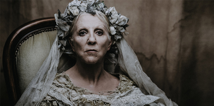 Great Expectations, Charles Dickens, Nichola McAuliffe, Theatre Touring UK