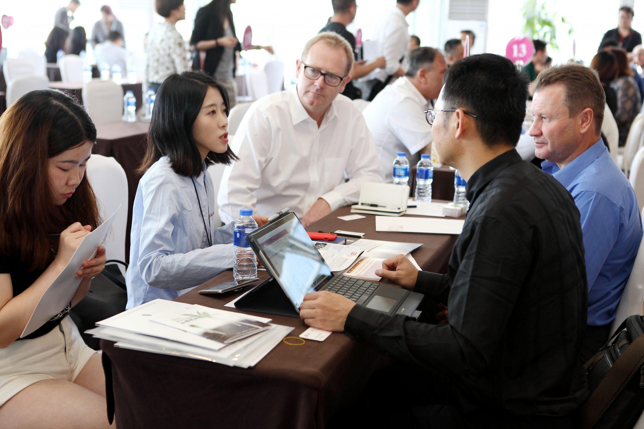 Ceux qui ont les moyens financiers optent souvent pour le recours à un intermédiaire spécialisé sur le marché chinois