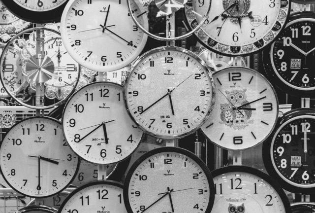 nombreuses-horloges-apprendre-un-morceau-par-coeur