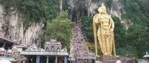Visiting Batu Caves on your own – Travelling with Kids – Family Travel Blog