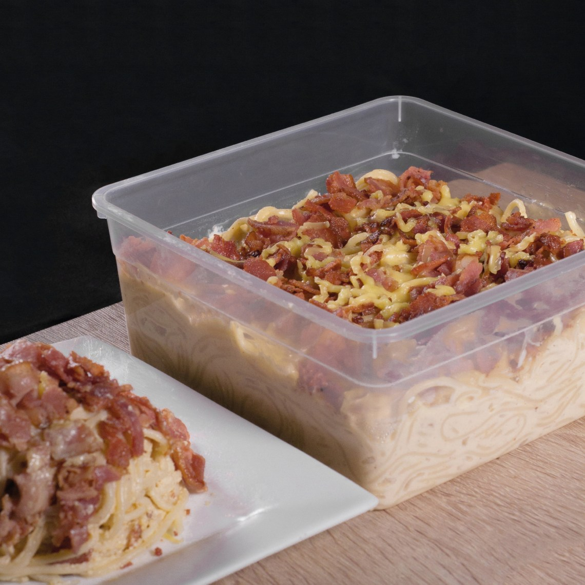 BACON CARBONARA (1KG - ₱1,200). Creamy, saucy and extremely flavorful carbonara, generously topped with crispy bacon completes the famous Mama V Delicious Bacon Carbonara - The Ultimate Party Must-Have for the Perfect Feast!