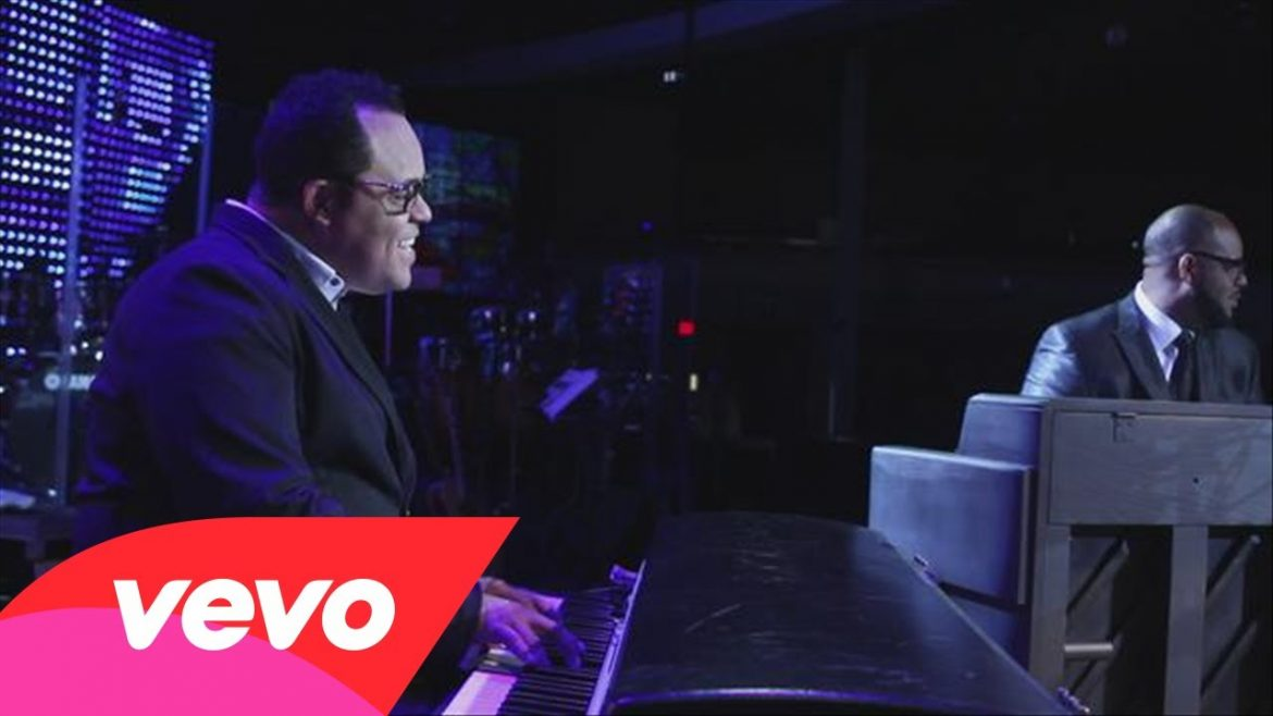 Israel Houghton – Sunday Kind a Love