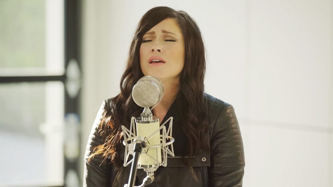 The Cause Of Christ // Kari Jobe // New Song Cafe