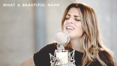 Photo of What A Beautiful Name // Hillsong Worship // New Song Cafe