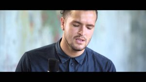 Hillsong Young & Free // To My Knees // New Song Cafe