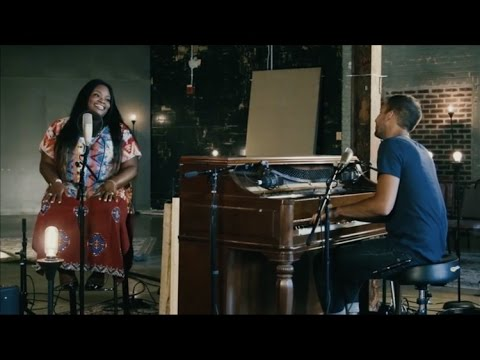 Tasha Cobbs + Will Reagan (United Pursuit) // Break Every Chain // New Song Cafe